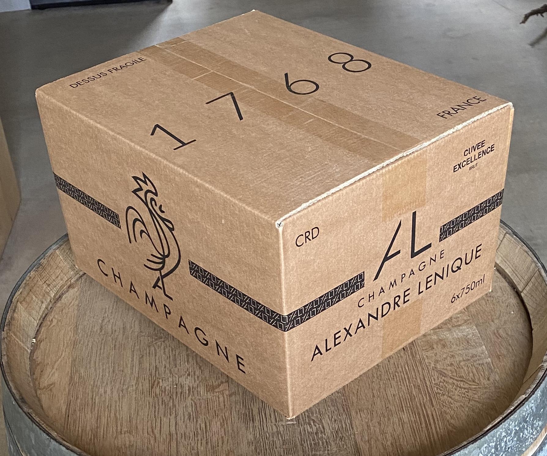 champagne Epernay carton écologique de 6 bouteilles champagne eco responsable Alexandre Lenique producteur champagne à epernay de qualité